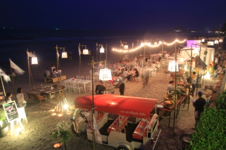 Beachcomber BBQ_low res.jpg